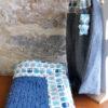 La couverture bleue jean's bordée de chouettes